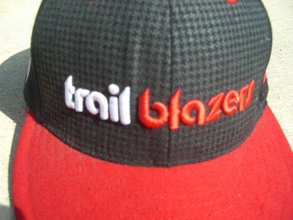 retro-portland-tralblazers-hat-front