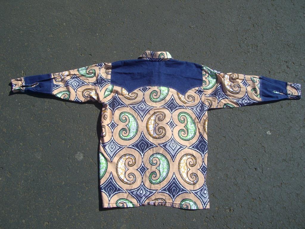 70s-vintage-denim-and-swirls-western-snap-button-shirt-back
