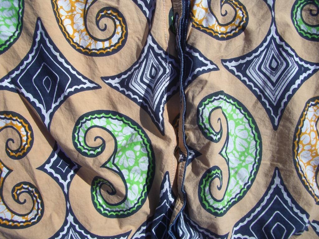 70s-vintage-denim-and-swirls-western-snap-button-shirt-pattern