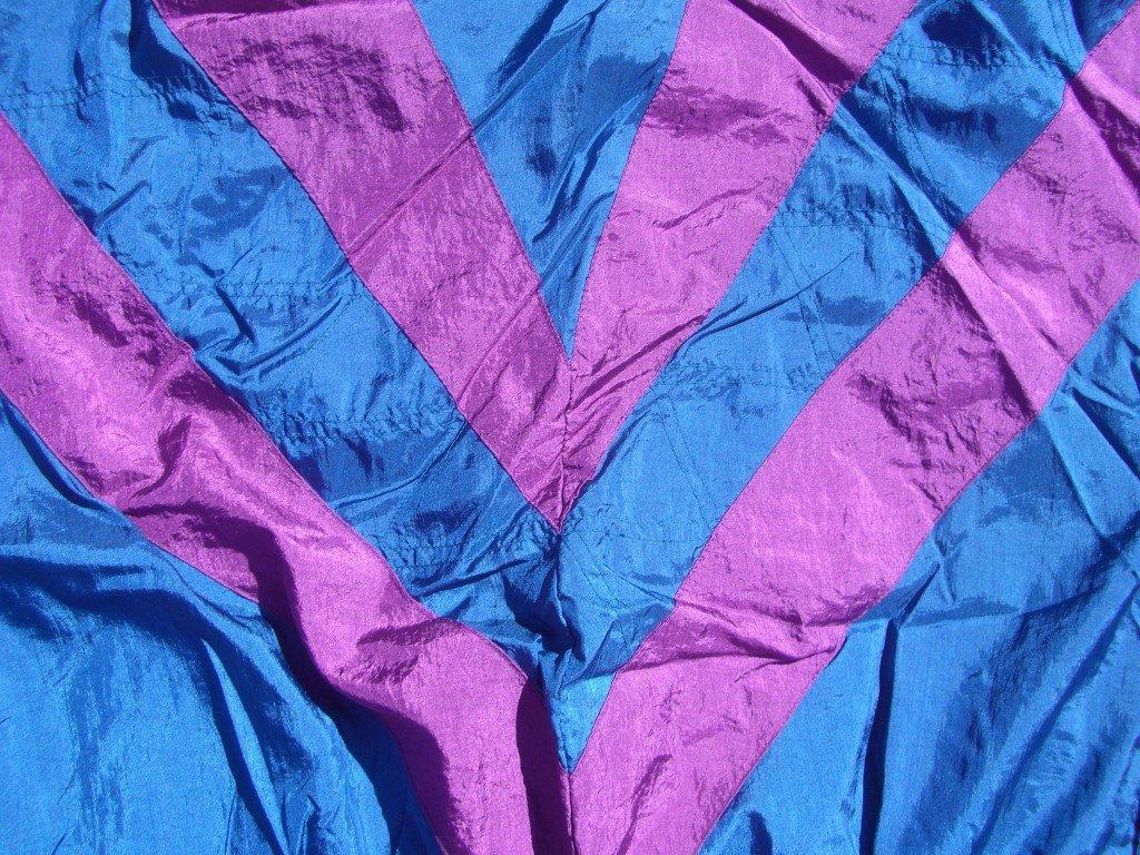 90s-converging-stripes-bocoo-windbreaker-back-stripes