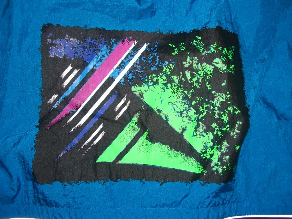 totally-90s-neon-asic-windbreaker-back-logo