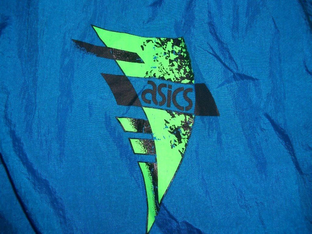 totally-90s-neon-asic-windbreaker-logo