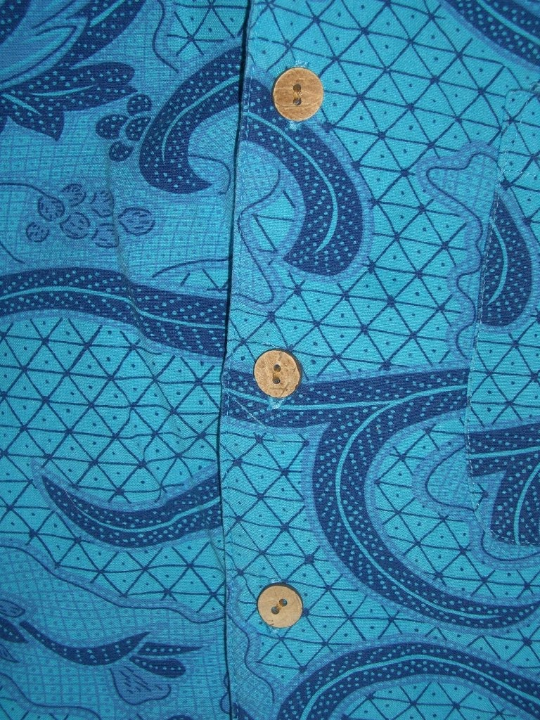 blue-80s-vintage-metro-one-hawaiian-shirt-buttons