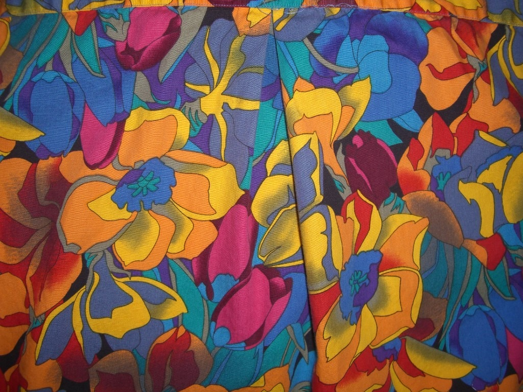 bright-90s-paul-fredrick-floral-hawaiian-shirt-pattern2